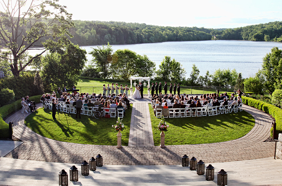 Ceremony And Reception Venue The Lake House Inn