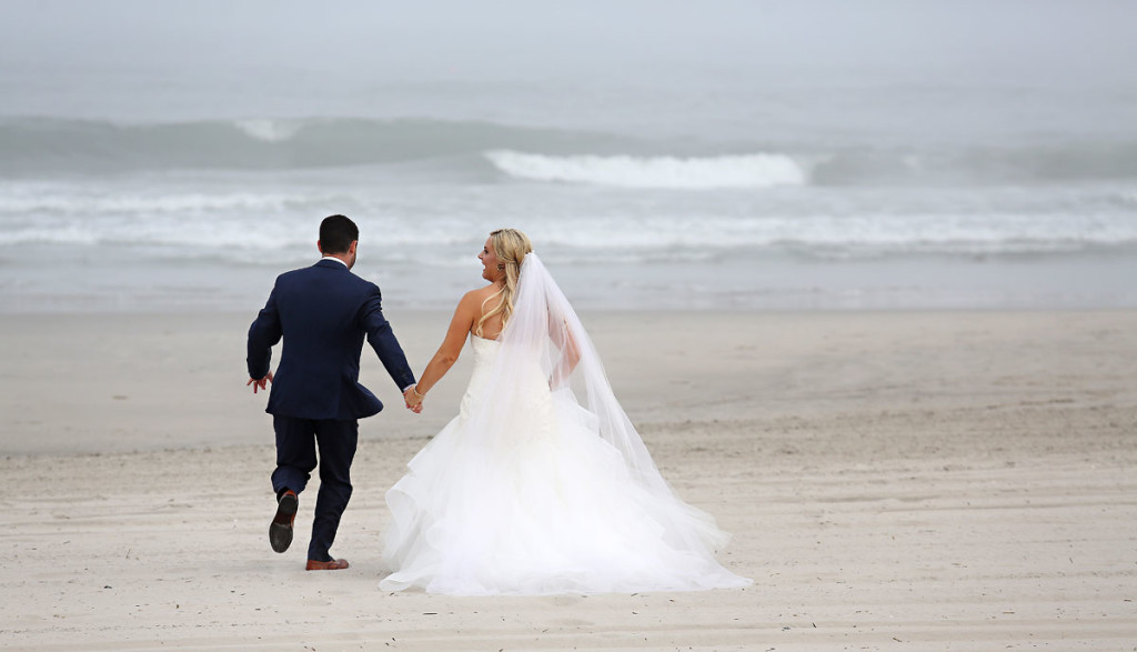 Avalon-Beach-Wedding-Portraits-05
